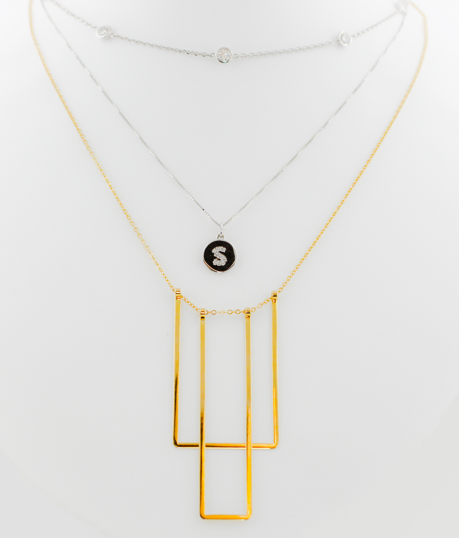 Trending: Layering Necklaces